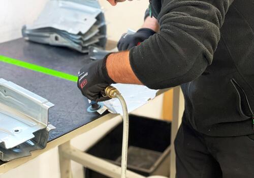 Nacharbeit für technische Produkte